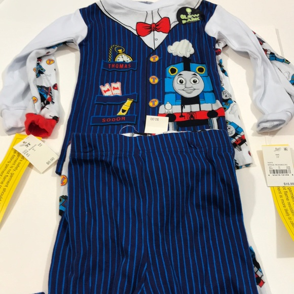 Thomas & Friends Other - 4 piece NWT Thomas the Train PJ (2 outfits)